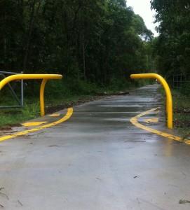 Bicycle-Deflection-Rails-Bike-Path-80nb