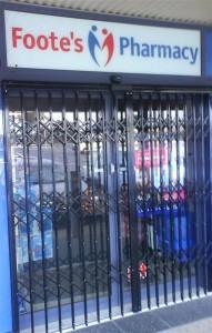 Trellidor-Retractable-Security-Trellis-Redbank-Pharmacy-Closed