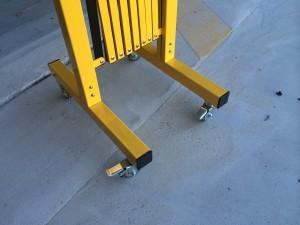 portable -trellis-expanding-barricade-6