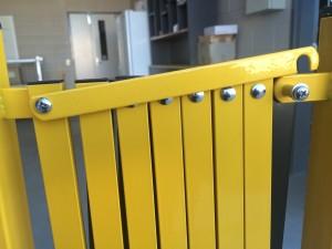 portable -trellis-expanding-barricade-7